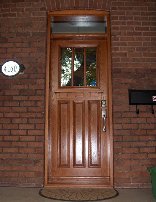 Porte extérieure en chêne blanc et fenêtre SDL