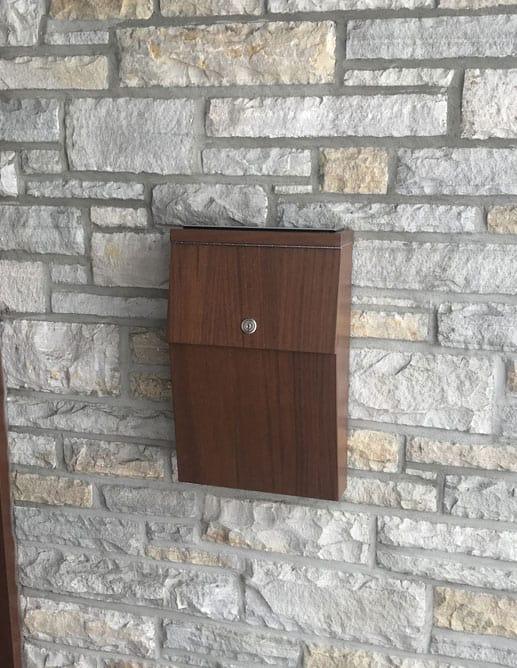 Boîte aux lettres en Acajou