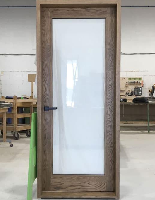 Porte Intérieure de Cellier en Chêne Blanc