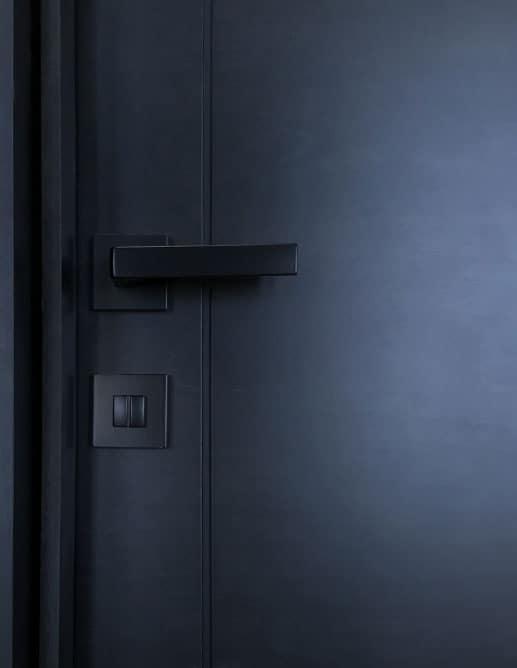Porte Intérieur Unie Placage Merisier Groové. Poignée Mortaise Magnétique Colombo Robocinque