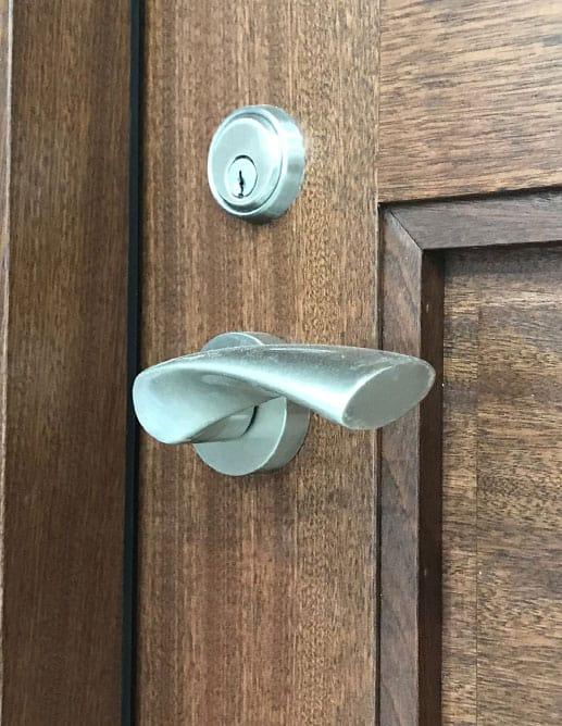 Porte Intérieur 4 Panneaux Ravalés Carrées - Poignée Colombo Flessa Mortaise Magnétique