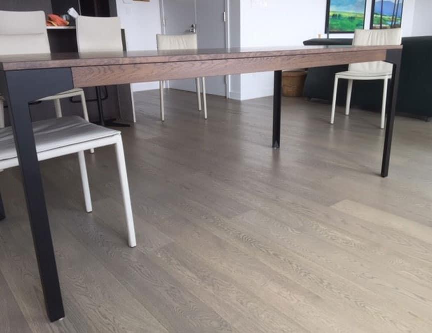 Table Placage Chêne Blanc Quarter Cut
